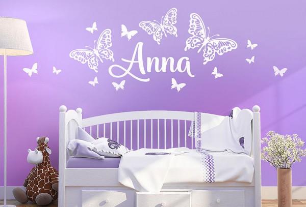 Wandtattoo Wunschname mit Schmetterlinge